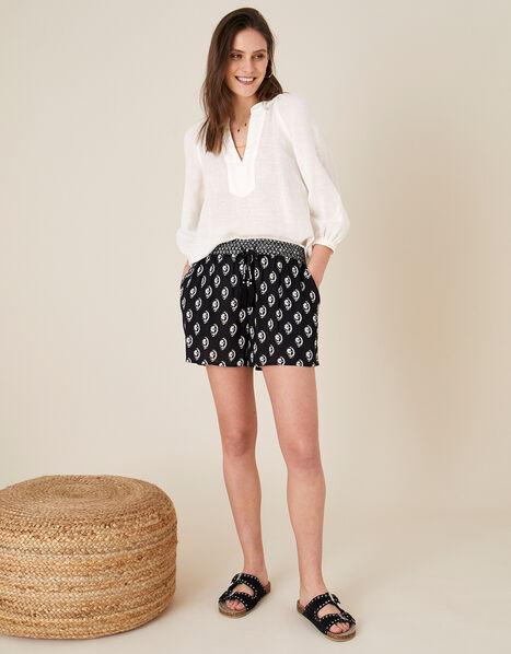 Rori Shorts in LENZING™ ECOVERO™ Black, Black (BLACK), large